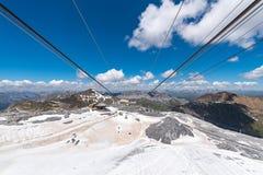 Stazione dello sci in alte alpi Fotografia Stock Libera da Diritti
