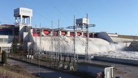 Stazione di forza idroelettrica video d archivio