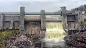 Stazione di forza idroelettrica in Imatra immagini stock libere da diritti