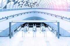 Stazione di metro moderna immagine stock