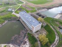 Stazione di pompaggio dell'acqua dell'impianto di irrigazione delle risaie Vista Immagini Stock Libere da Diritti