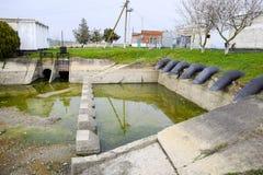 Stazione di pompaggio dell'acqua dell'impianto di irrigazione delle risaie Fotografia Stock
