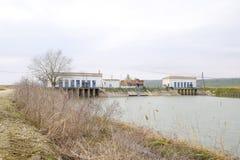 Stazione di pompaggio dell'acqua dell'impianto di irrigazione delle risaie Immagini Stock