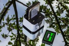Stazione di router-aggancio e SSD senza fili Fotografie Stock Libere da Diritti