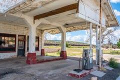Stazione di servizio abbandonata Immagini Stock