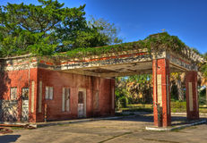 Stazione di servizio abbandonata, Beeville il Texas Fotografie Stock Libere da Diritti