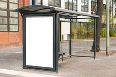 Stazione di viaggio della fermata dell'autobus Immagini Stock Libere da Diritti