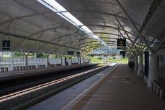 Stazione elettrica in Taiping, Perak, Malesia di ETS di servizio dei treni Immagini Stock