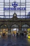 Stazione ferroviaria della conduttura di Francoforte Fotografia Stock Libera da Diritti