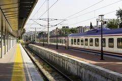 Stazione ferroviaria di IZBAN Alsancak a Smirne Immagine Stock Libera da Diritti