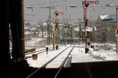 Stazione ferroviaria di Leipzig, Germania in neve Fotografia Stock Libera da Diritti