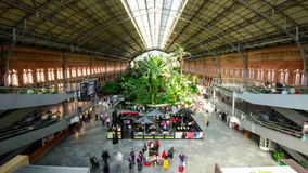 Stazione ferroviaria di Madrid stock footage