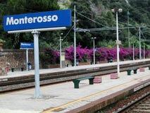 Stazione ferroviaria di Monterosso, Cinque Terre, Italia Immagini Stock