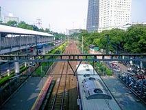 Stazione ferroviaria di Palmerah Jakarta fotografia stock libera da diritti