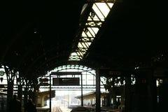 Stazione ferroviaria enorme Fotografie Stock Libere da Diritti
