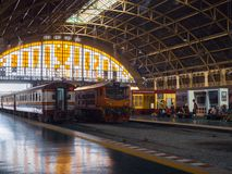 Stazione ferroviaria ferroviaria Hua Lamphong di Bangkok fotografia stock