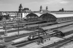 Stazione ferroviaria principale di Praga Nadrazi di hlavni di Praga, ferrovia ceca Vista industriale Sistema di trasporto fotografie stock libere da diritti