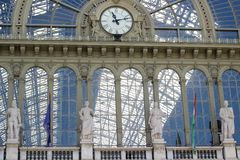 Stazione ferroviaria in Ungheria, architettura del dettaglio, Immagini Stock Libere da Diritti