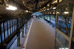 Stazione ferroviaria vuota Fotografia Stock Libera da Diritti