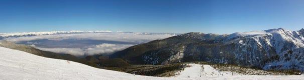Stazione sciistica dell'alta montagna Fotografie Stock