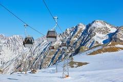 Stazione sciistica delle montagne - Innsbruck Austria Immagine Stock