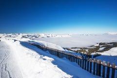 Stazione sciistica di Kitzbuehel nelle alpi di Tyrolian, Austria Fotografia Stock