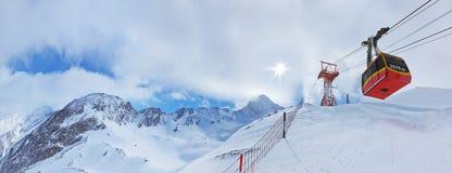 Stazione sciistica Kaprun Austria delle montagne Immagine Stock