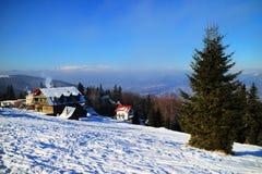 Stazione sciistica nei Carpathians Immagine Stock