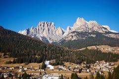 Stazione sciistica nelle alpi dell'Italia Fotografia Stock Libera da Diritti