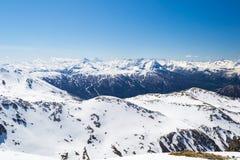 Stazione sciistica nelle alpi italiane Immagini Stock