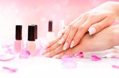 Stazione termale delle mani e del manicure Immagini Stock
