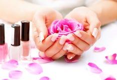 Stazione termale delle mani e del manicure Fotografia Stock