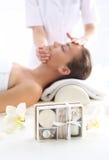Stazione termale - donna al massaggio Immagine Stock