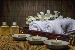 Stazione termale e materiale di massaggio Immagine Stock