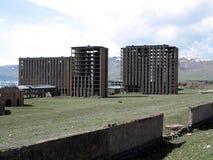 Stazioni turistiche abbandonate nel lago Sevan, Armenia Fotografie Stock