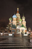 StBasilkathedraal 's nachts in Moskou Stock Afbeeldingen
