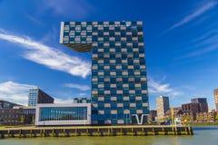 STC小组公司,鹿特丹,荷兰现代办公楼  免版税库存图片