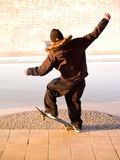 Städtischer Lebensstil - junger männlicher manualing Jugendlicher Stockfotografie