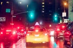 34ste 's nachts straat New York Stock Afbeeldingen