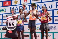 24ste uitgave van de Marathon van Rome, de ceremonie van de mensen` s toekenning Stock Fotografie