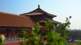 Steadicam die van een binnenste gedeelte van de Verboden stad wordt geschoten - oud paleis van de keizer van China stock video