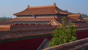 Steadicam die van een binnenste gedeelte van de Verboden stad wordt geschoten - oud paleis van de keizer van China stock footage