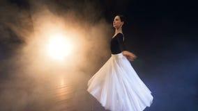 Steadicam strzelanina baleriny kręcenie wokoło HD zbiory wideo