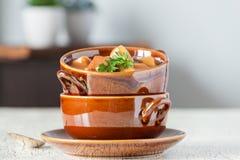 Steak au poivre et soupe aux pommes de terre Photo stock