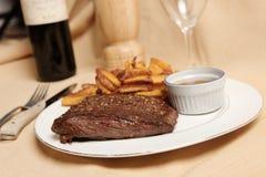 steak för 3 frite royaltyfri fotografi