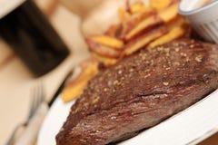steak för 8 frite royaltyfria foton