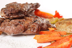 Steak with grilled vegetables Royalty Free Stock Photos