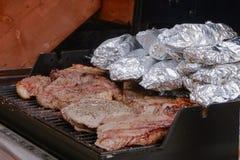 Steak-Koch Out Stockfoto