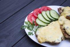 Steak mit Gemüse stockbild