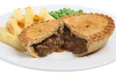 Steak u. Niere-Torte u. Chips Lizenzfreie Stockbilder